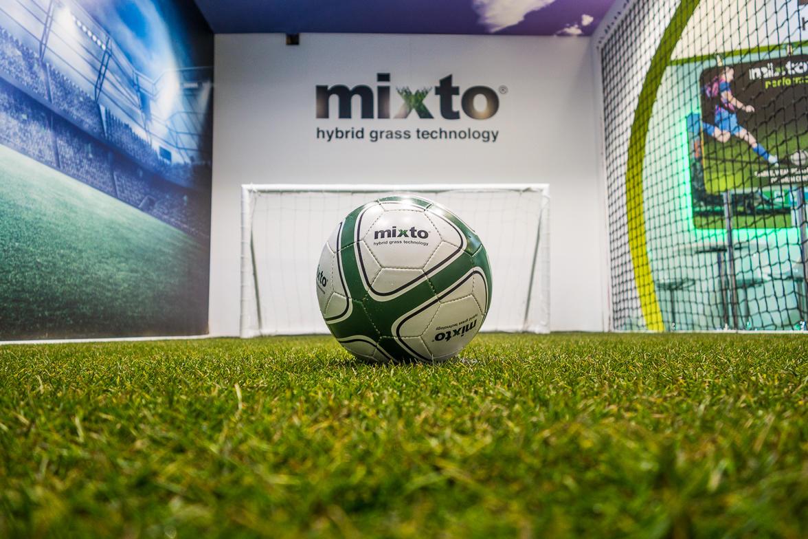 Mixto - Hybrid Grass Technology